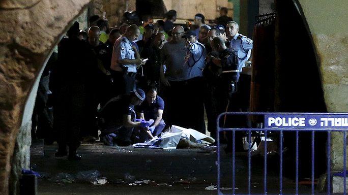 Kudüs'te bıçaklı saldırgan iki İsrailliyi öldürdü