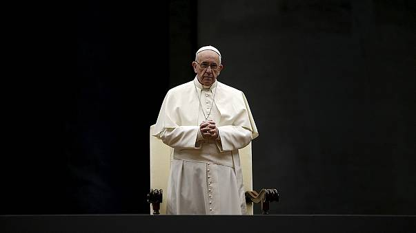 """Sínodo da Família: Papa Francisco quer uma Igreja mais """"acolhedora e acessível"""""""