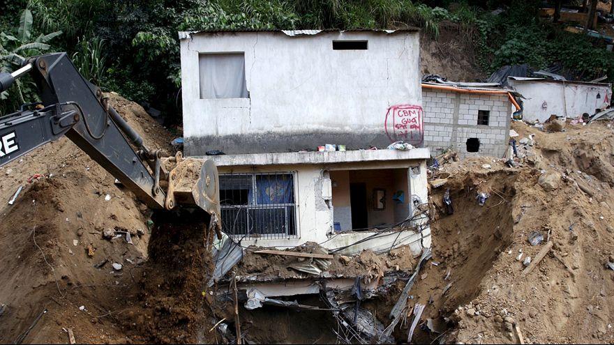 Frana in Guatemala: 130 morti e poche speranze per i 300 dispersi