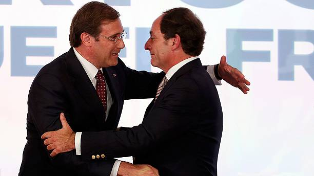 """Passos Coelho wins re-election in Portugal, says ready to """"compromise"""""""