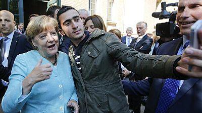 Vorreiterrolle oder Dilemma: Merkel rutscht in der Flüchtlingskrise ab