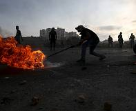 Israeli army shoots two Palestinian teenagers dead