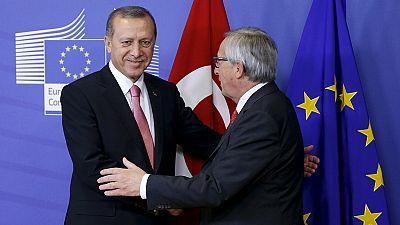 Difficili negoziati tra Europa e Turchia sulla crisi migratoria