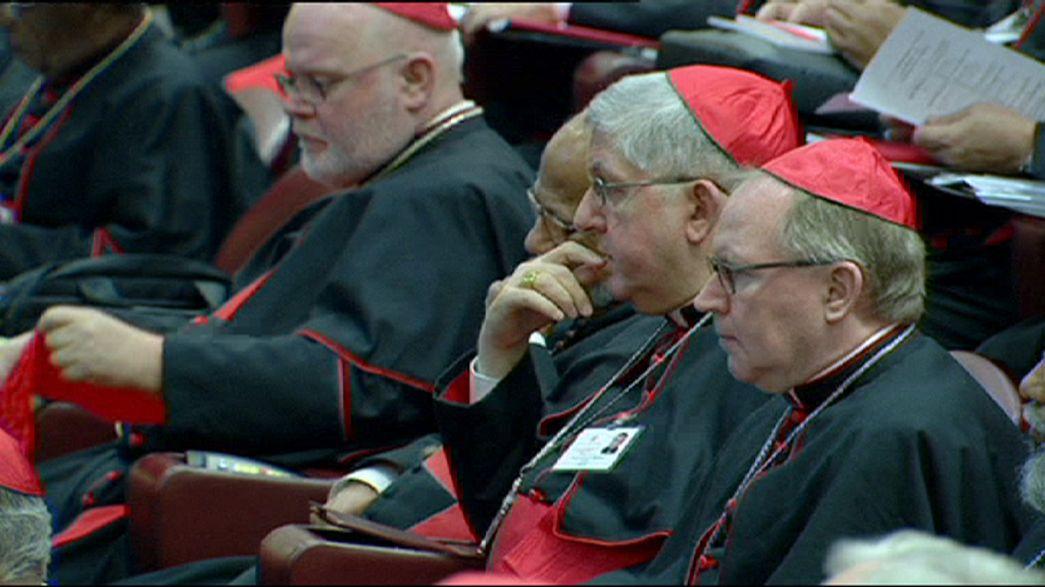 Ouverture du synode sur fond de polémique sur l'homosexualité