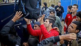 nocom: Migrantes continuam a rumar à Sérvia