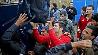 La foule des migrants en Serbie