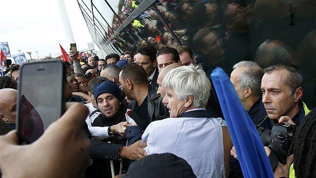 Air France yöneticilerine yapılan saldırı sonrası şokta