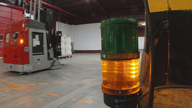 El reto de las carretillas robot en las fábricas