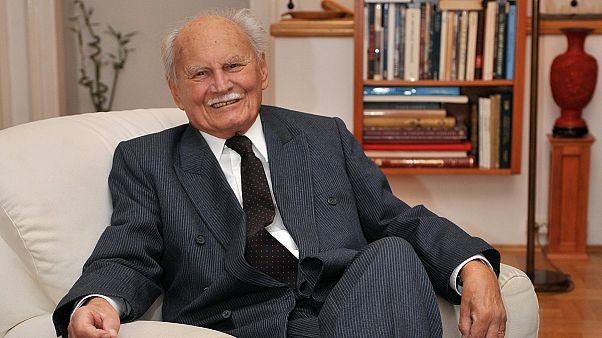 Πεθάνε ο πρώτος πρόεδρος της μετα-κομμουνιστικής Ουγγαρίας, Αρπαντ Γκοντζ