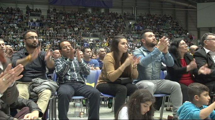 Yurtdışındaki Türk vatandaşları oy kullanmaya hazırlanıyor