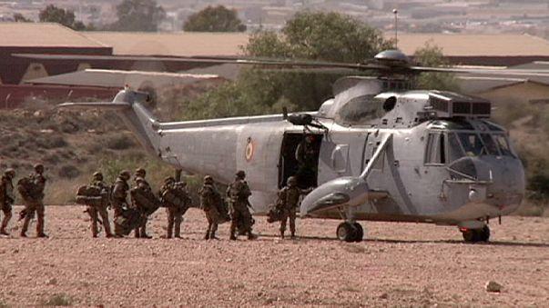 Miért tétlenkedik a NATO Szíriában?