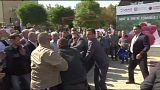 Премьера Косова забросали яйцами