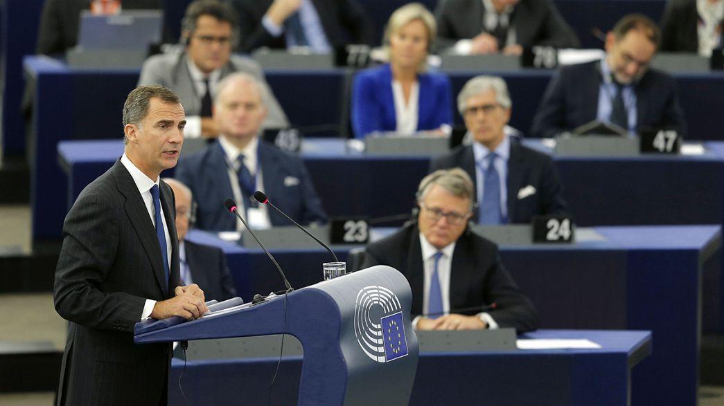 Felipe VI al Parlamento europeo difende l'unità della Spagna e dell'Europa