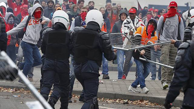 Anti-austerity protesters battle police in Brussels
