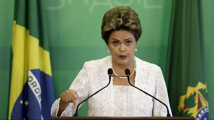 Президенту Бразилии грозит импичмент за фальсифицированную отчетность правительства