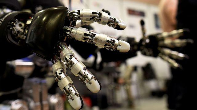Katil robotlar cini şişeden çıkmak üzere!