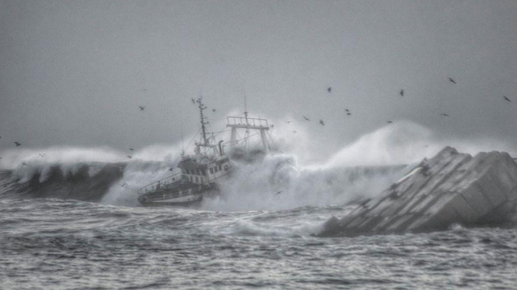 [Fotos] Naufragio frente al puerto de Figueira da Foz