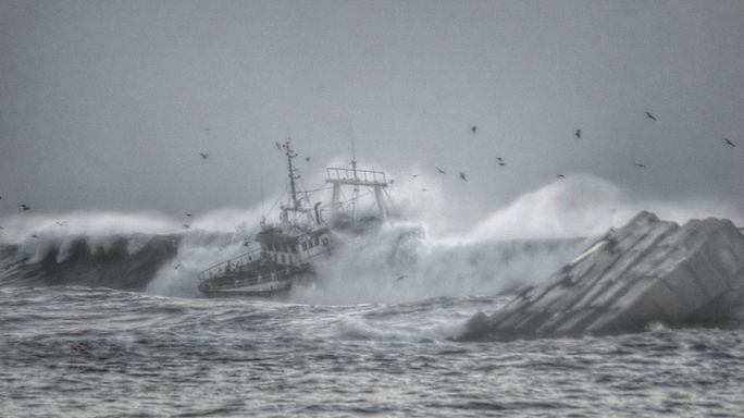 Haunting photos capture horror of Portuguese shipwreck