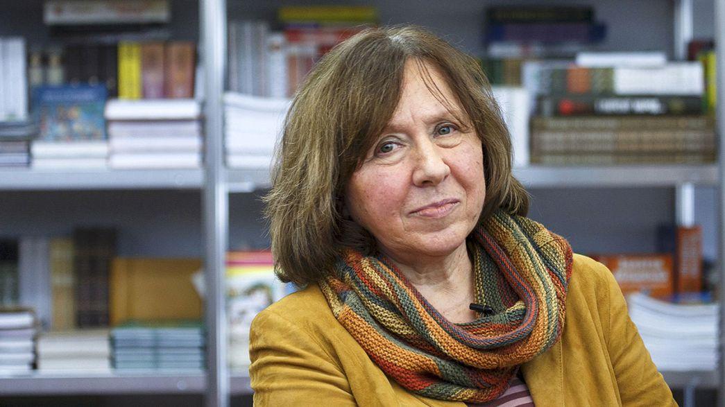 Svetlana Alexievitch reçoit le Nobel de littérature