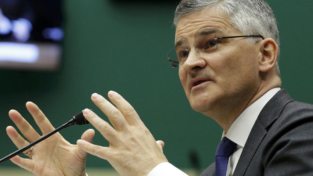 La fiscalía alemana registra las sedes de Volkswagen, mientras el director en EEUU se disculpa ante el Congreso