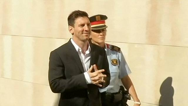 ليونيل ميسي سيمثل أمام القضاء الاسباني بتهمة التهرب الضريبي