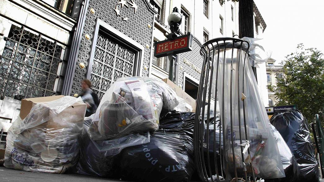 Paris refuse collection strike ends after four days