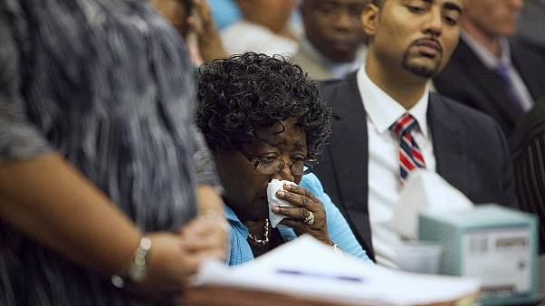 6,5 млн  получит семья афроамериканца, убитого белым полицейским