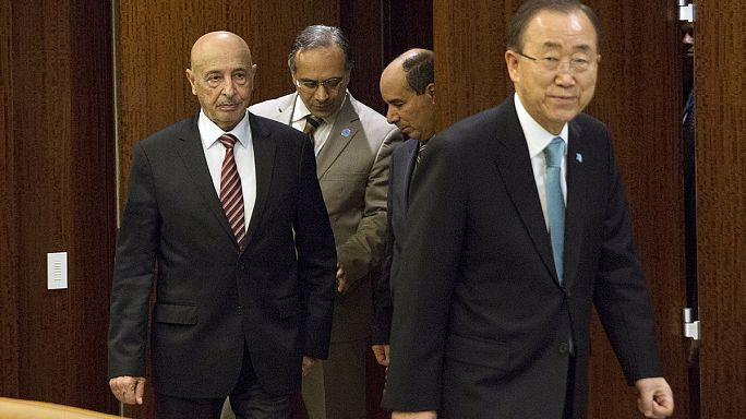 Un nouveau gouvernement d'unité nationale entre les mains des Libyens