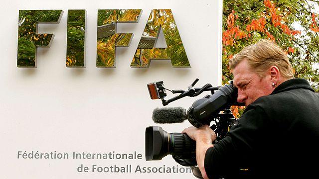FIFA Etik Kurulu futbol dünyasını sarstı: Blatter ve Platini görevden alındı