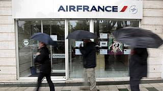 Reprise du dialogue chez Air France