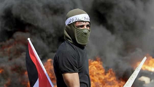 """Eskalation der Gewalt: Hamas-Chef lobt """"Helden der Messer"""""""
