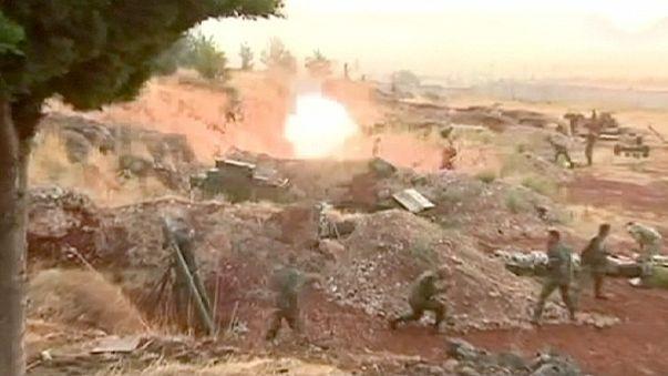 الولايات المتحدة توقف برنامج تدريب المعارضة السورية والبنتاغون يسلح المعارضة
