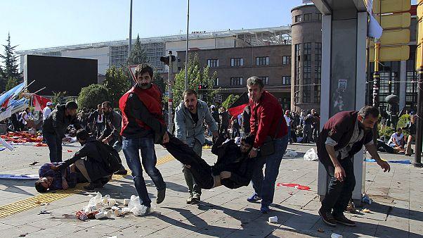 Explosionen vor Friedenskundgebung in Ankara: 30 Tote