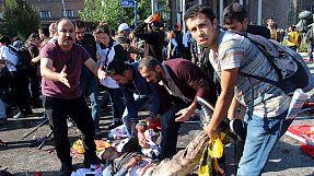 Twin blasts kill dozens in Ankara