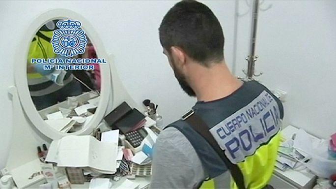 Letartóztattak 89 embert embercsempészetért Spanyolországban
