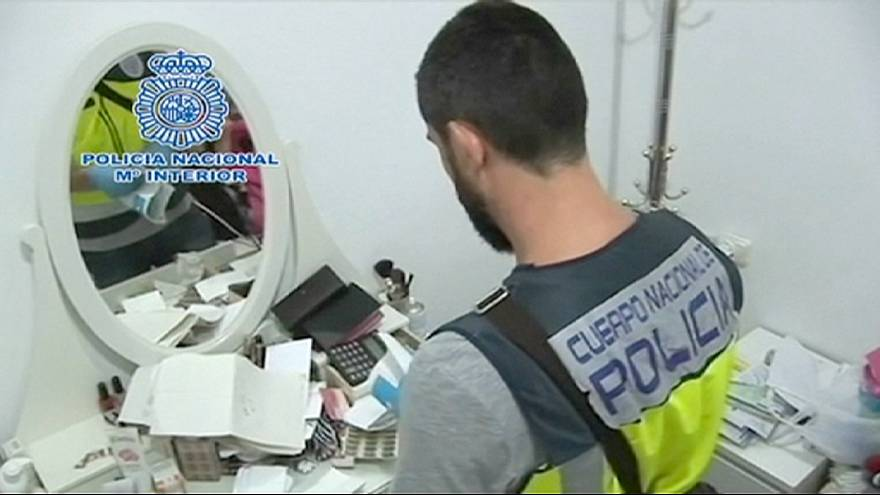 Spain arrests 89 suspected people-smugglers
