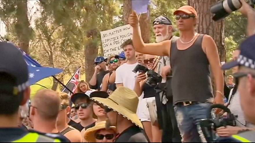 Australia: anti-mosque protest draws hundreds to rural Bendigo