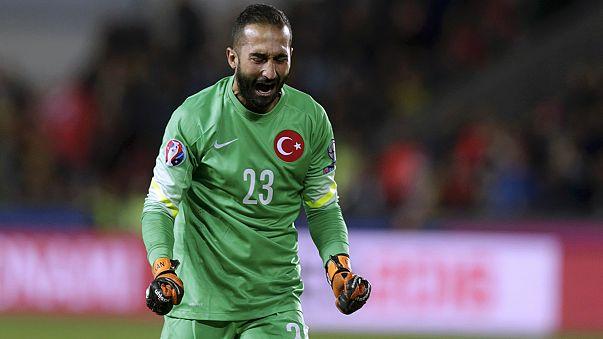 Avrupa Şampiyonası Elemeleri: Türkiye Çek Cumhuriyeti'ni de devirdi