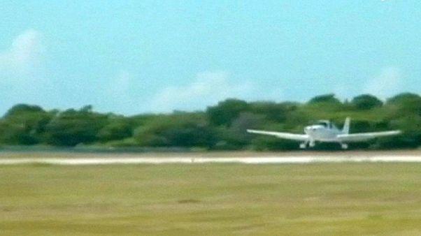 أول طائرات أميركية خاصة تحط في كوبا بعد عداء دام عقود