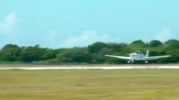 ABD'den Küba'ya ilk turistik uçak seferi