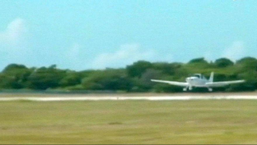 Turistas dos Estados Unidos começam a aterrar em Cuba