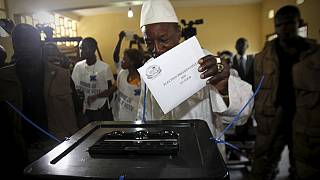 Tense presidential poll after clashes in Guinea