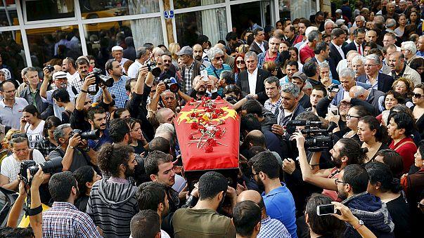 Ankara: 'one male, one female bomber', sources tell Euronews