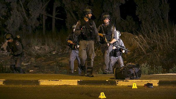 یک عرب اسرائیلی چهار یهودی را با چاقو زخمی کرد، افزایش کشته های فلسطینی