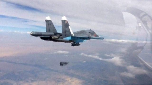 Putin adds diplomatic strand to bolster Syrian air strikes