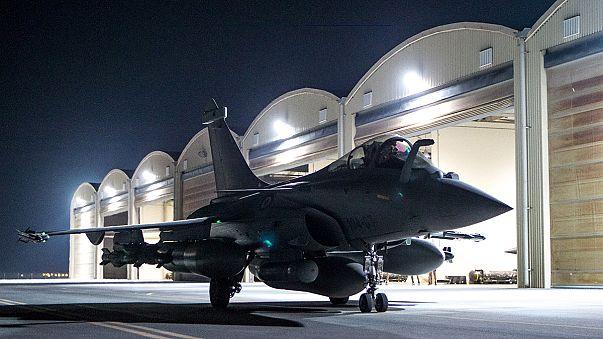 Francia dzsihadistákat bombázhattak a francia légierő gépei