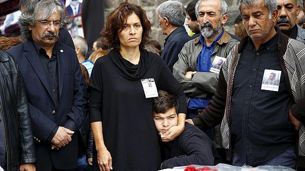 El Gobierno turco señala al grupo Estado Islámico como responsable de la masacre de Ankara