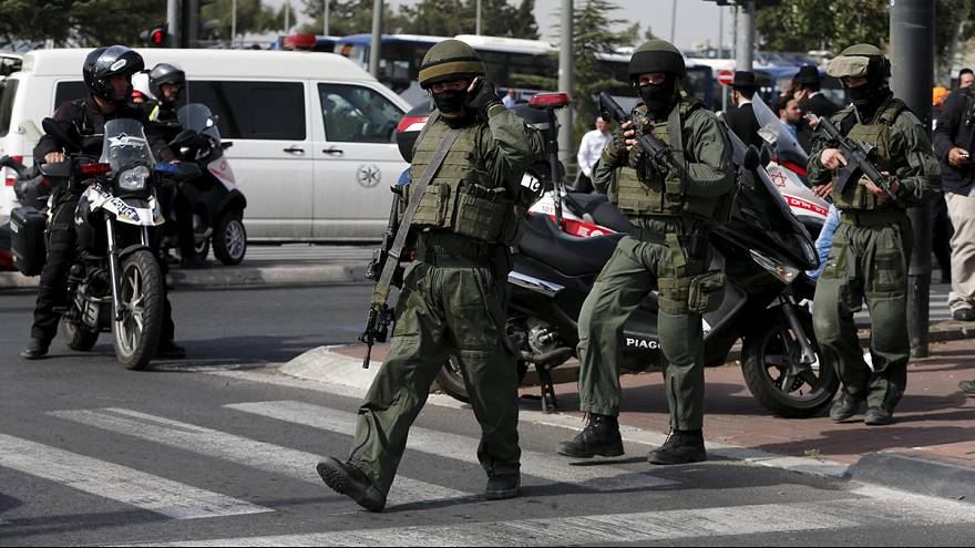 Gerusalemme: attacchi con coltelli contro israeliani, uccisi due palestinesi