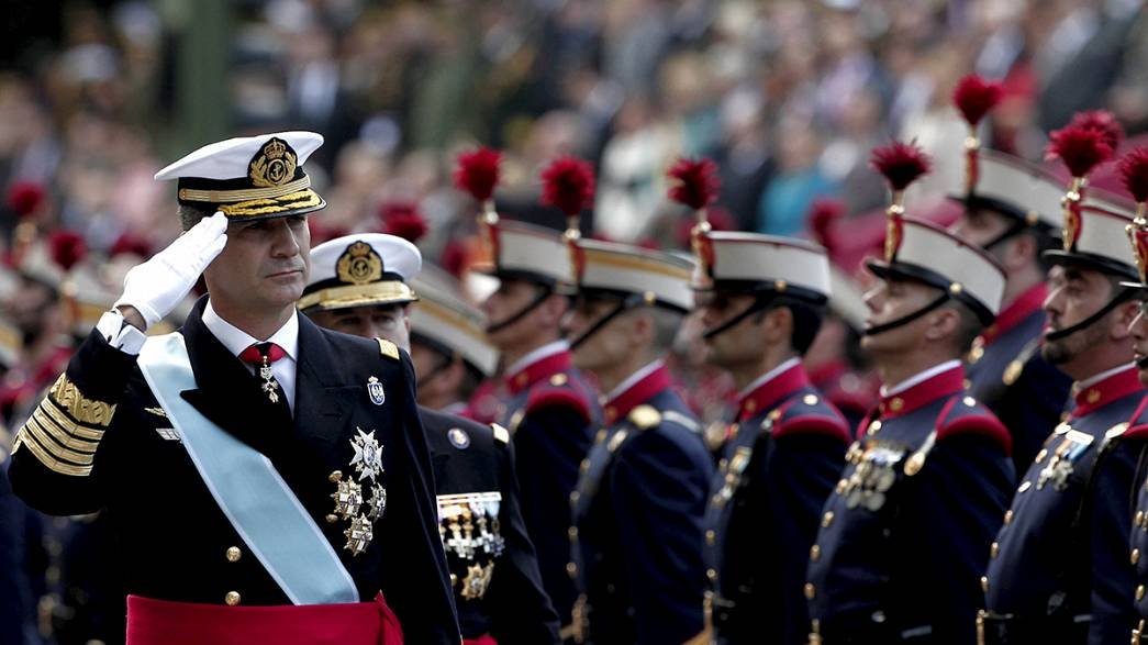 Militärparade und scharfe Kritik am spanischen Nationalfeiertag