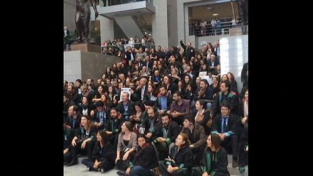 Антиправительственные протесты в Анкаре и Стамбуле
